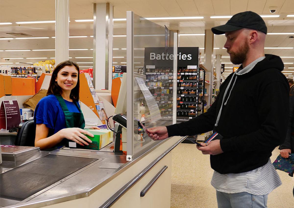 corona-cashier-screen